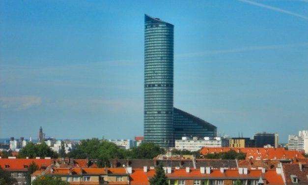 Chcesz podziwiać wieżowce? Odwiedź wrocławskie Sky Tower